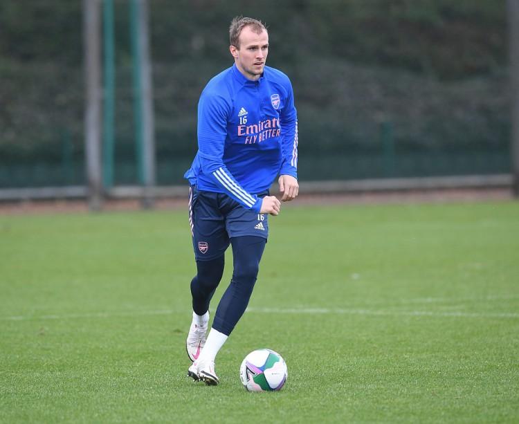 亚当斯:霍尔丁和蒂尔尼是阿森纳的未来队长 球队应重用青训