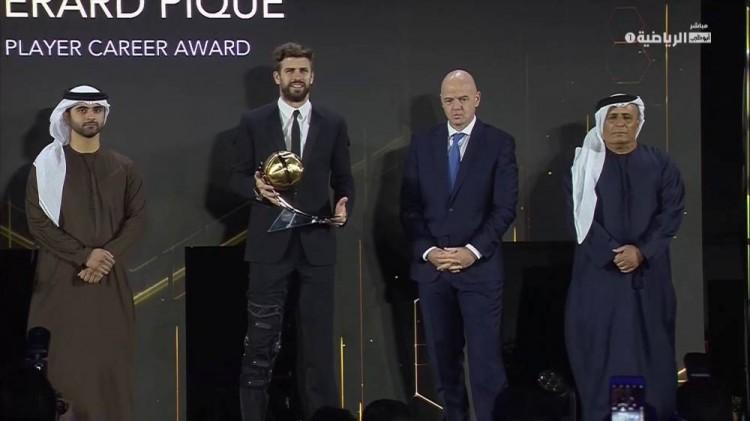 皮克:想再踢三四年 莱万和C罗卡西相同是足球前史的一部分   