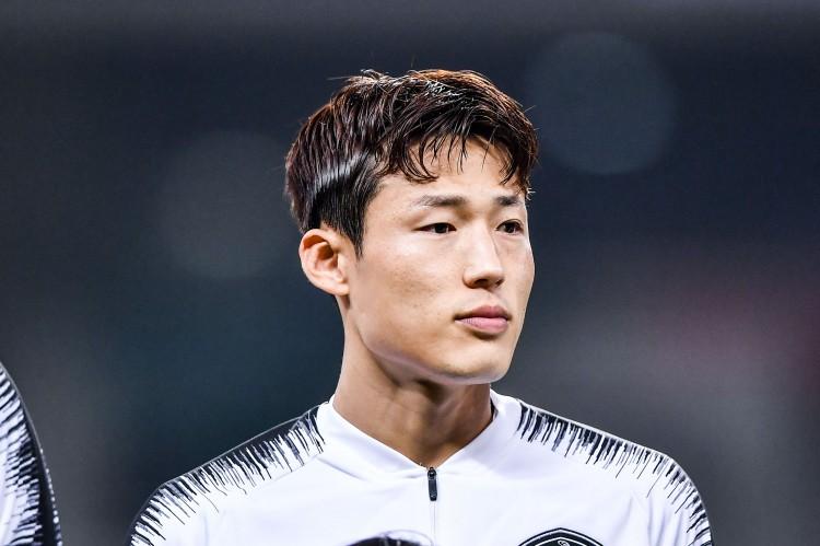 津媒:限投限薪的布景下,中超豪门引援投向日韩球员
