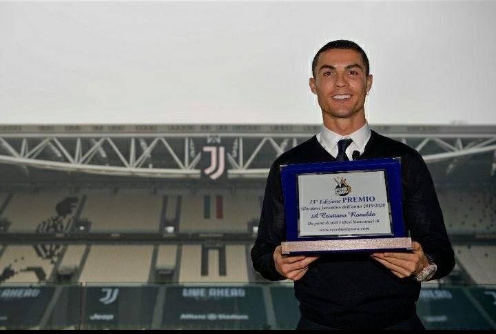 卫冕成功,C罗中选尤文2018-19赛季球迷票选最佳球员