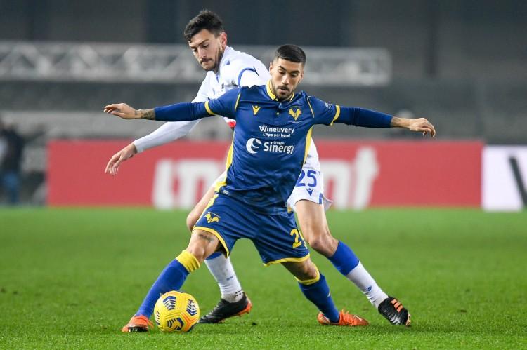 那不勒斯有意引入扎卡尼,但球员更倾向于前往米兰踢球