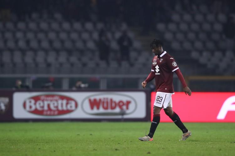 斯基拉&罗马诺:米兰尝试先租后买签下梅特,球员已同意加盟
