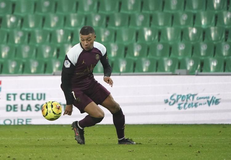 阿斯:17年皇马曾靠近签下姆巴佩,但BBC在阵促进球员另选大巴黎