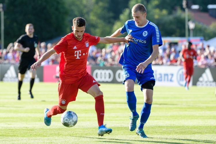 官方:拜仁小将达亚库租借加盟柏林联合,后者可选择买断