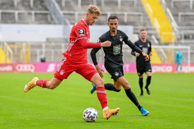 阿尔普在拜仁二队踢德丙都一度沦为候补 