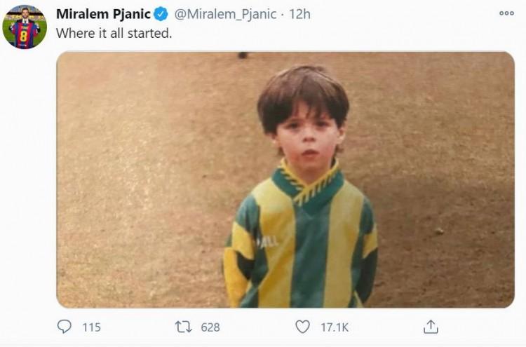 皮亚尼奇晒幼年照:这就是一切故事开始的地方
