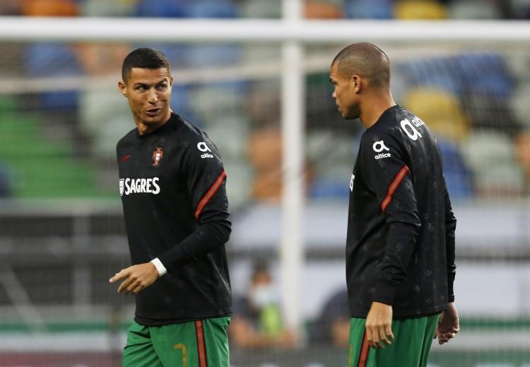 佩佩:C罗是史上最好球员 他是葡萄牙1000万公民的队长