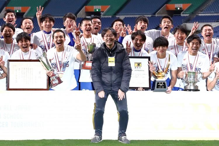 记者:日本足球教练员是中国近3倍,注册球员人数16万