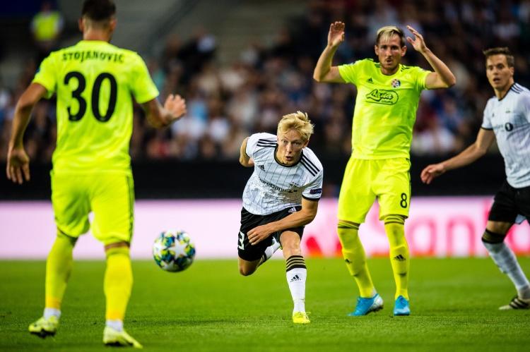 打败切尔西的竞赛,尤文将签下17岁挪威边锋索尔贝里   