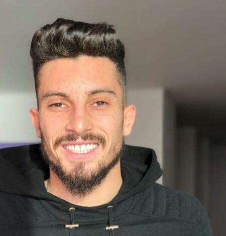 罗马诺:曼联正在与波尔图谈特莱斯,球员想要转会归队