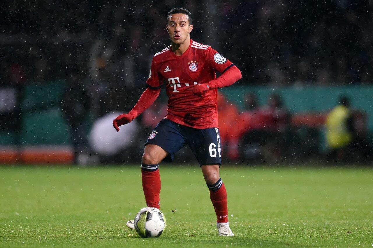 罗马诺:拜仁给蒂亚戈标价3000万欧,现在取决于利物浦的自愿