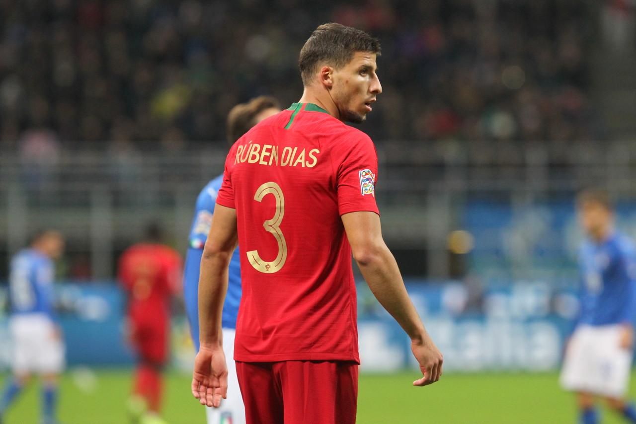 前教练:鲁本-迪亚斯是天生的领袖,他能加添孔帕尼留下的空缺