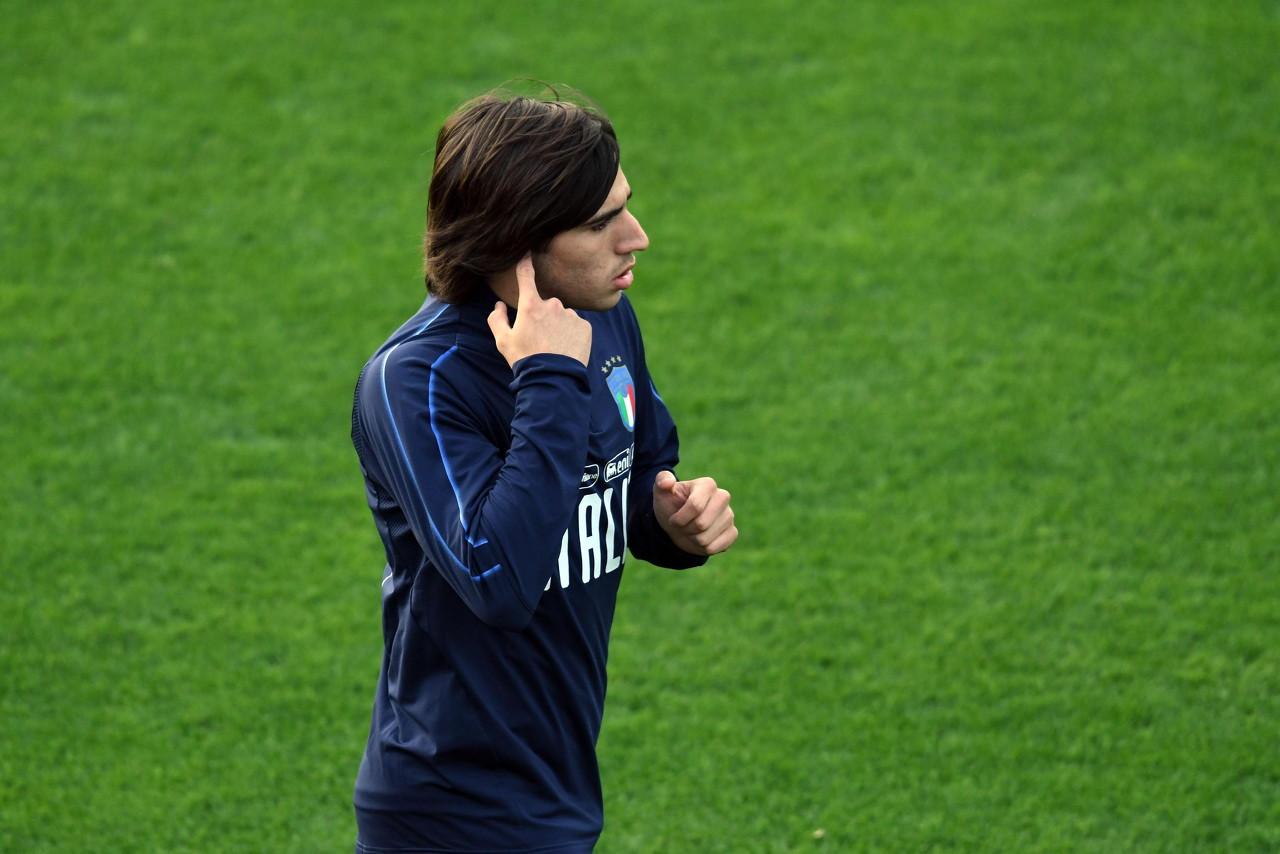 意媒:托纳利回绝加盟曼联和巴黎,他更想留在意大利踢球