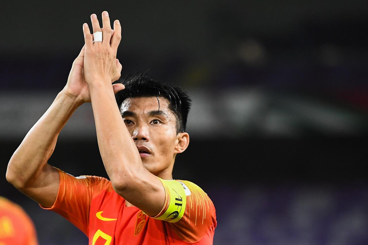 两年前的今天,老队长郑智完成国足生涯百场里程碑