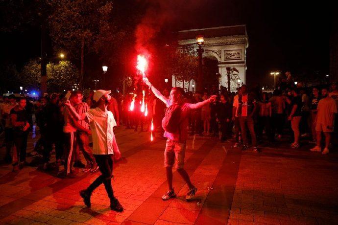 为杜绝马赛暴力工作,警方阻止球迷欧冠决赛日在市中心穿巴黎球衣