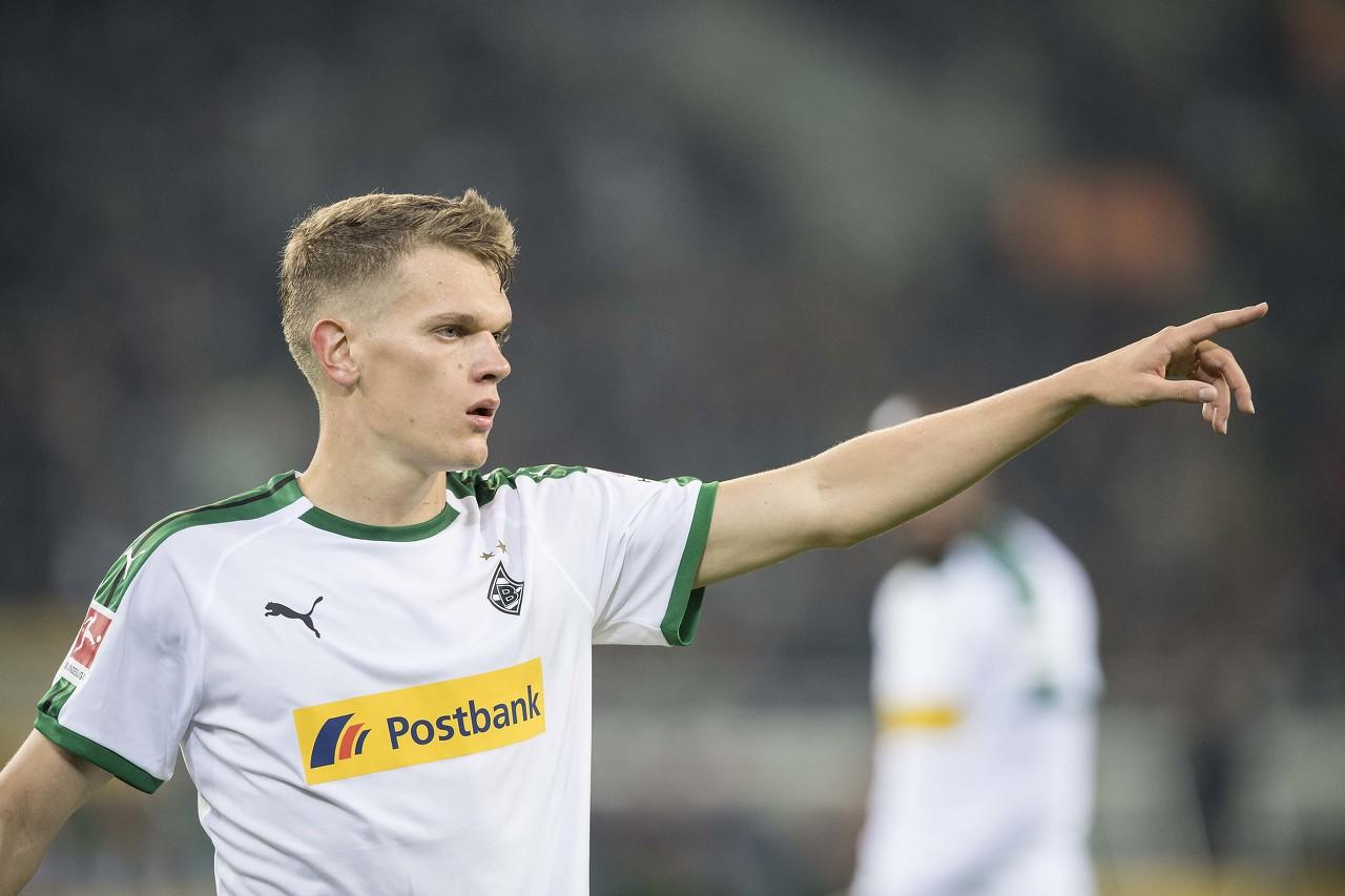 踢球者德甲半程中卫评级:金特尔国脚级第一,阿拉巴第二