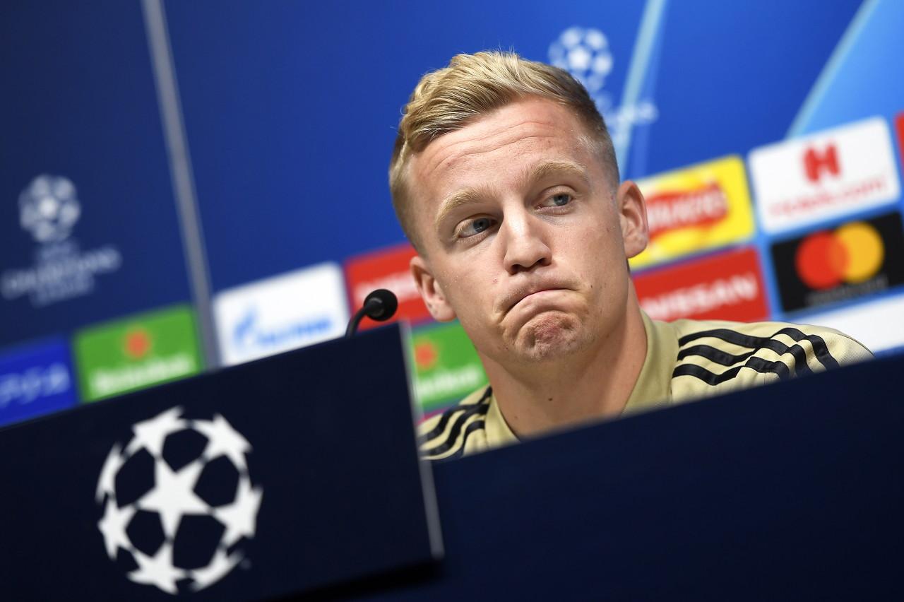 官方:范德贝克将因伤缺战欧冠附加赛次回合