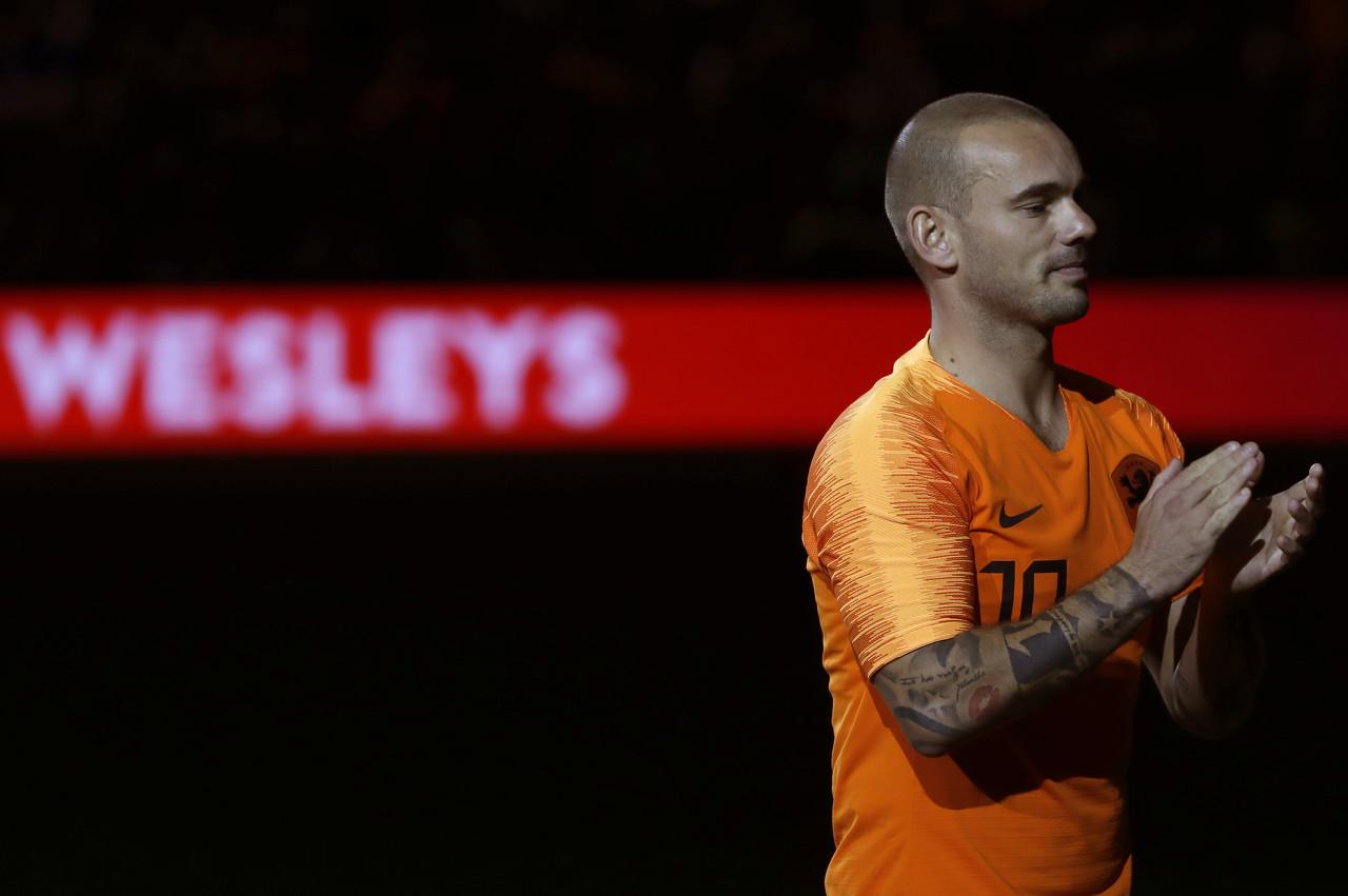 """天下足球祝愿 斯内德:他是""""稀有物种"""",是永远的橙色心脏"""